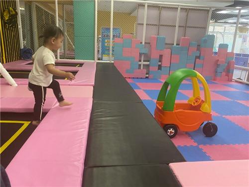辉县小玩家儿童主题乐园